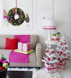 weiße kleine künstliche weihnachtsbäume wohnzimmer