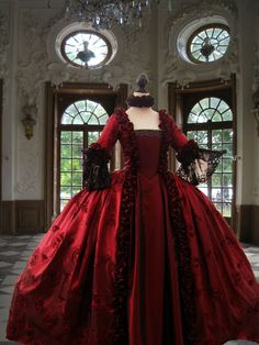 Georgian 18thC Rococo Colonial Marie Antoinette' Fully Corseted'Taffeta Gown