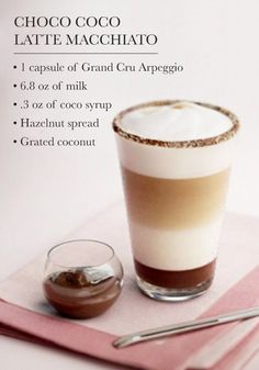 Cane Sugar and Cinnamon Café Nothing says indulgence quite like a Nespresso coffee creation bursting with chocolate flavor. Try serving this Choco Coco Latte Macchiato recipe to your party guests as a delicious dessert. Coffee Menu, Coffee Latte, Coffee Drinks, Coffee Shop, Iced Coffee, Chocolate Coffee, Chocolate Hazelnut, Dessert Drinks, Coffee Art
