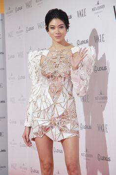 Fashion Art, Fashion Models, Japanese Sexy, Stunning Wedding Dresses, Sexy Asian Girls, Bellisima, Asian Woman, Asian Beauty, Peplum Dress