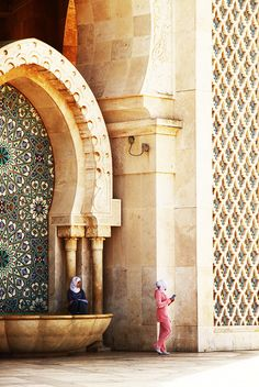 ✕ Morocco / #architecture #facade #exterior I've never known any Americans who have lived here who didn't love it.