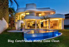 Top 10: Fachadas de Casas Modernas com Paisagismo e Muros! Confira o post no blog: http://construindominhacasaclean.blogspot.com.br/2014/04/top-10-fachadas-de-casas-modernas-com.html