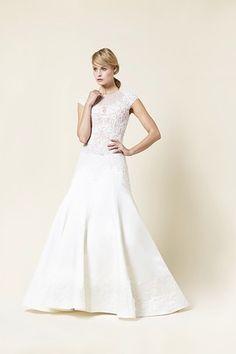 Brautkleider Ashley  by wediva #brautkleider #brautkleid #hamburg #hochzeit