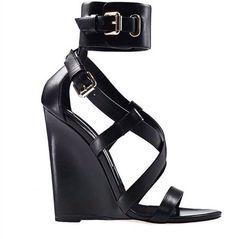 dress black..... #fashion #shoes #top #style