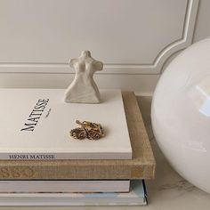 Brown Aesthetic, Classy Aesthetic, Aesthetic Images, Interior Architecture, Interior Design, Deco Table, Home Decor Inspiration, Style Inspiration, Decoration