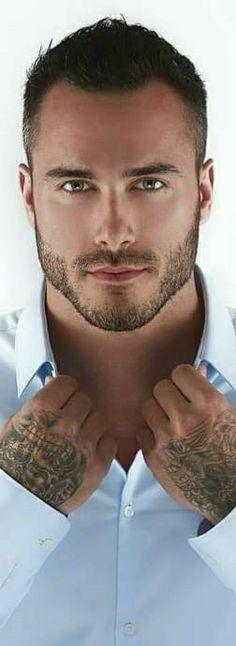 Männer schöne Schöne Männer