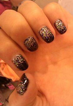 Gel manicure ombre glitter