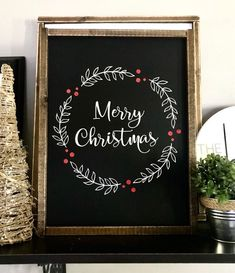 A white Christmas in a snow coat is a big boost to holiday magic! The choice of white for Christmas decorations also allows a result of the most chic, without fault of taste possible! Christmas Chalkboard Art, Merry Christmas Calligraphy, Merry Christmas Quotes, Christmas Words, Christmas Art, Christmas Signs Wood, Holiday Signs, Christmas Berries, Holly Christmas