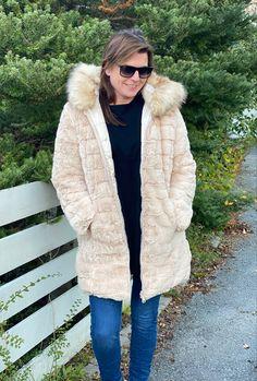 Winter Jacket! Fur Coat, Winter Jackets, Beige, Unique, Style, Fashion, Gloves, Winter Coats, Swag