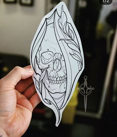 Ideas For Drawing Tattoo Chicano Skull Art Sketch Tattoo Design, Skull Tattoo Design, Skull Tattoos, Tattoo Sketches, Leg Tattoos, Tattoo Drawings, Body Art Tattoos, Sleeve Tattoos, Tattoo Designs