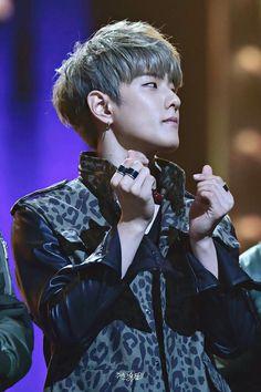 Hanbin, Rhythm Ta, Sassy Diva, Ikon Debut, Dancing King, Pop Bands, Asian Boys, Yg Entertainment, Korean Beauty