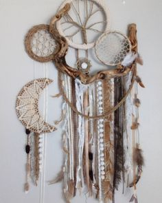 Pin by Adriana Tovar on Dream catchers Crafts To Do, Arts And Crafts, Diy Crafts, Dream Catcher Craft, Lace Dream Catchers, Witch Room, Nature Crafts, String Art, Bohemian Decor
