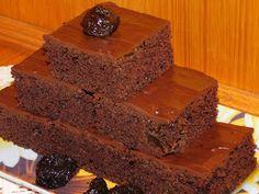Gerdi süti: Gyors csokis süti Desserts, Food, Tailgate Desserts, Deserts, Eten, Postres, Dessert, Meals, Plated Desserts