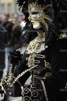 Venetian masquerade costumes and masks © Moritz Buchty Venetian Costumes, Venice Carnival Costumes, Venetian Carnival Masks, Carnival Of Venice, Masquerade Costumes, Masquerade Party, Venetian Masquerade Masks, Costume Carnaval, Costume Venitien