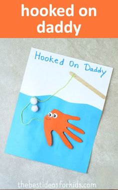 Hooked on Daddy Fish Handprint Card. This is too cute for Father's Day! * Fish hand print * Hand print crafts * Kid's Father's day ideas * Father's Day crafts via @bestideaskids