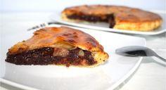 750 grammes vous propose cette recette de cuisine : Galette des Rois au chocolat et à la poire . Recette notée 4.4/5 par 16 votants
