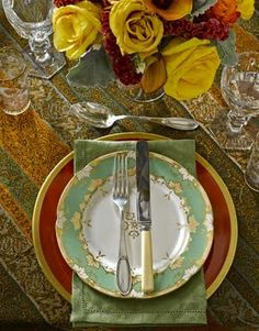 FALL / THANKSGIVING : PLACE SETTINGS ~~ Decorica: Setting the Table