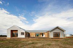 Trentham Modern Farmhouse by Glow Building Design (via Lunchbox Architect)