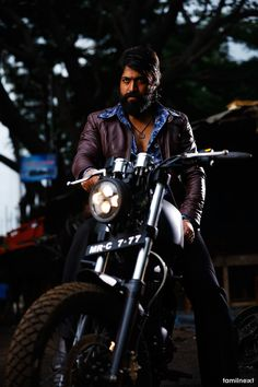Looking for the Kannada Actor Yash KGF Wallpapers? So, Here is Yash Wallpapers and Pictures of Rocky bhai Joker Hd Wallpaper, Joker Wallpapers, Hero Wallpaper, Latest Hd Wallpapers, Screen Wallpaper, Iphone Wallpaper, Full Hd Pictures, Film Pictures, Galaxy Pictures