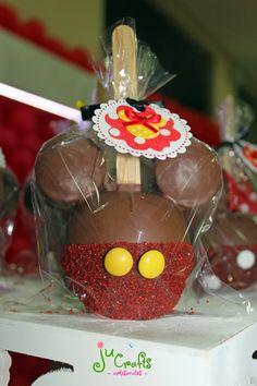 Ju Crafts!: Mesa do bolo e docinhos!!!! Niver Marcella - 4 ano... www.jucrafts.blogspot.com.br Minnie apple