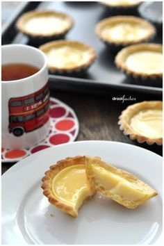 Shortcrust Pastry Custard Tart - Would like to make Big tart... use this for big tart baking instructions: http://peasepudding.wordpress.com/2012/06/27/pumpkin-custard-tart-with-a-caramel-crunch/
