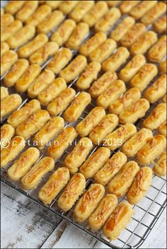 Discover our quick and easy recipe for Palm Trees on Current Cooking! Spritz Cookies, Yummy Cookies, Cake Cookies, Delicious Cookie Recipes, Dessert Recipes, Cokies Recipes, Easy Japanese Recipes, Deli Food, Egg Tart