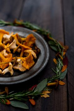 Food photography and styling : Chanterelles