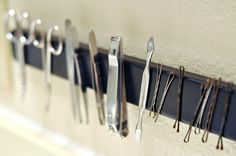 Darkroom and Dearly: {diy: magnetic bathroom rack} Bathroom Storage, Small Bathroom, Space Saving Storage, Storage Organization, Declutter Your Home, Small Rooms, Tools, House, Decor