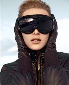 Monochrome chic for the piste - Fashion Galleries Ski Wear, Ski Goggles, I Work Out, Fashion Gallery, Chic, Snowboard, Winter, Monochrome, Skiing