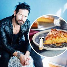 Lauri Tähkän toscakakku | Maku My Favorite Food, Favorite Recipes, Cafe Restaurant, Macaroni And Cheese, Waffles, Deserts, Good Food, Food And Drink, Sweets