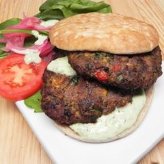 Beef patties filled with mint, cilantro, egg, and South Asian spices are shallow fried to make beautifully charred Pakistani chapli kebabs. Kebab Recipes, Dishes Recipes, Beef Recipes, Garlic Chutney, Recipe Directions, Best Dishes, Main Dishes, Most Popular Recipes, Food Menu