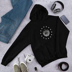 Suéter con El Escudo de El Gobierno de El Salvador San | Etsy Apocalypse Now, Bone Cancer, Colon Cancer, Breast Cancer, Forever, Unisex, Spandex, Cancer Awareness, Moda Masculina