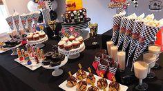 Mickey y el Roadster corredores cumpleaños Cupcake Toppers