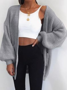 Outfit ideen Fall Outfits With Lengthy Cardigans - Outfits A Cabin Batwing Cardigan, Cardigan Sweaters, Oversized Cardigan Outfit, Cardigan Fashion, Summer Cardigan Outfit, Oversized Sweaters, Big Sweater Outfit, Cute Cardigan Outfits, Grey Cardigan