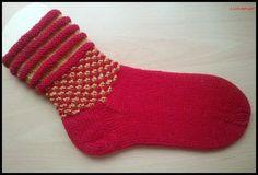 aussergewöhnlicher Schaft bei Socken mit 2 Farben