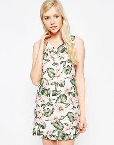 632f56d0df09 5 φορέματα με tropical prints μας βάζουν σε mood διακοπών