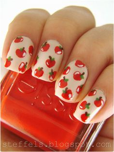 Autumn Apple Nails from Steffels Blog!