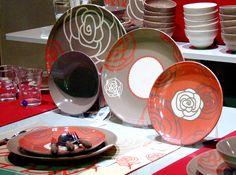 Scarlett - dinnerware set - Cayos Company   Elena Locatelli. #dinnerware #tableware #CayosCompany #design #decor #decoration #decorazione #piatti #tavola #ceramica #ceramics