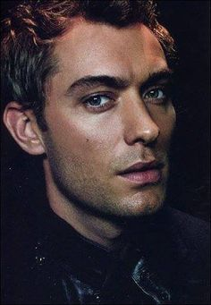 Look at those lips!!!! Jude Law