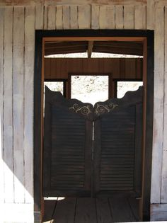 unique saloon doors
