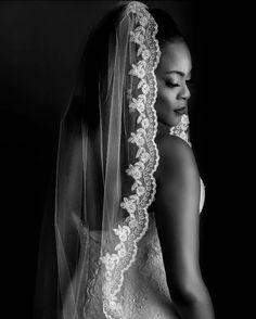 Loving this veil. So pretty // // it! Wedding Dress With Veil, One Shoulder Wedding Dress, Wedding Dresses, Bride Look, Here Comes The Bride, Wedding Styles, Black Women, Dream Wedding, Bridal