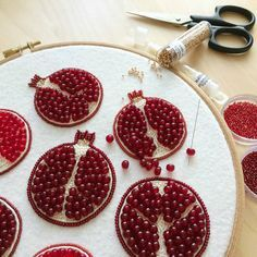 """294 Likes, 8 Comments - Bead Embroidery • BROOCHES (@brooch_garden) on Instagram: """"#брошьгранат"""""""