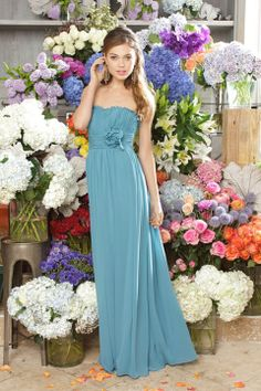 Scalloped-edge A-line with hand made flower chiffon bridesmaid dress