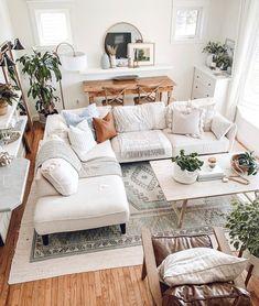 Boho Living Room, Living Room Interior, Home And Living, Living Room Decor, Bedroom Decor, Modern Living, White Living Room Furniture, White Sofa Decor, Living Room White Walls