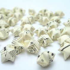 100 Vintage Style Musical Notes Manuscript Origami Lucky Stars - custom order available by origamipalace on Etsy https://www.etsy.com/listing/64697018/100-vintage-style-musical-notes