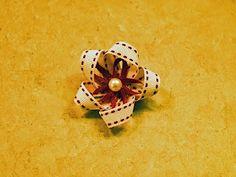 craft envy: Ribbon Flowers