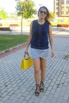 Navy Skirt, Touch, Yellow, Skirts, Blog, Style, Fashion, Closets, Moda
