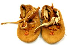 Vintage Beaded BABY MOCCASINS Hand-sewn -made slippers Native American Indian
