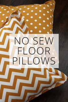 DIY No Sew Floor Pillows - Easy, Oversized, Colorful! Easy no sew floor pillows - perfect for watching movies or kids to read on the floor! Make several in one afternoon. Diy Throw Pillows, Big Pillows, Sewing Pillows, How To Make Pillows, Oversized Pillows, Giant Floor Pillows, Floor Cushions, Floor Pouf, Canapé Diy