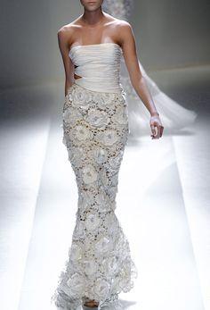 . Lacemaking, Lace Decor, Absolutely Gorgeous, Beautiful, Irish Lace, Irish Crochet, Formal Dresses, Wedding Dresses, Romance